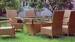 Садовая мебель из искусственного ротанга – выбор комфорта и удобств