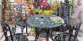 Кованая мебель для сада – каковы ее достоинства?