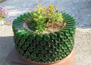 Необычные садовые клумбы: дизайн и оформление