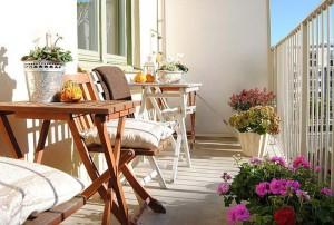 Фото про оформление балконов и лоджий цветами, muraveynik.com