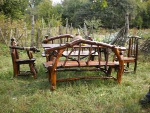 Фото самодельной садовой мебели из коряг, vozok.com.ua