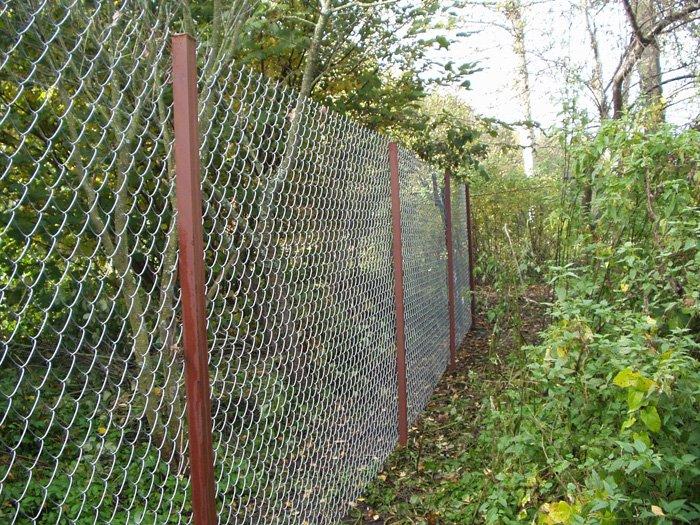 Забор своими руками сетка рабица фото