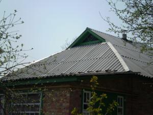 Фото кровли дачного дома из шифера, novakrovlya.ru