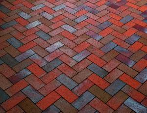 На фото - какую тротуарную плитку выбрать, mekstroy.ru/