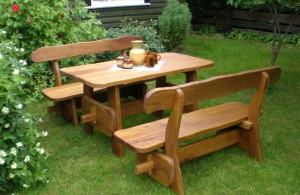 Фото комплекта садовой мебели из дерева, remstd.ru