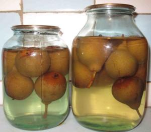 Консервированный компот из груш – добавляем изюминку
