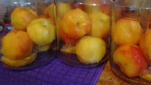 Компот из цельных персиков на зиму