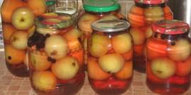 Вкусности на зиму – готовим компот из яблок