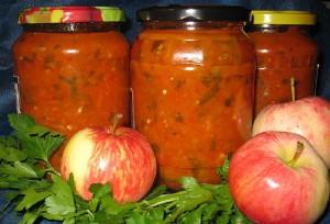 Яблоки консервированные, целые или дольками – разнообразие рецептов фото