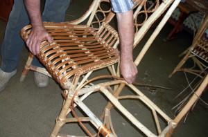 На фото - садовая дачная мебель из лозы своими руками, topkvadrat.ru