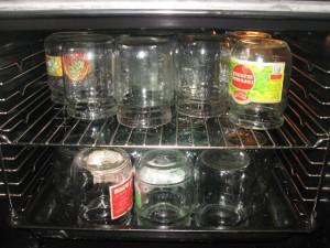 Рецепт консервации помидоров на зиму половинками фото