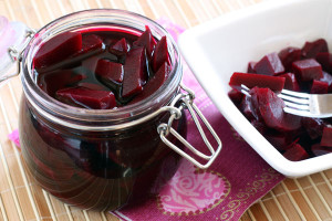 Салат из свеклы на зиму – заготавливаем витамины