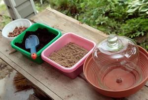 На фото - торф с песком и керамзитом для грядки под озимый чеснок, asienda.ru