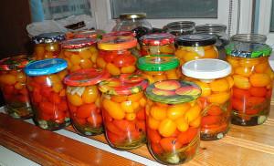 Сладкая заготовка на зиму – помидоры черри фото
