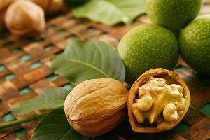 На фото - грецкий орех для восстановления иммунитета, nexplorer.ru