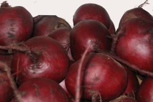 На фото - корнеплоды свеклы Мулатка, kramnyca.info