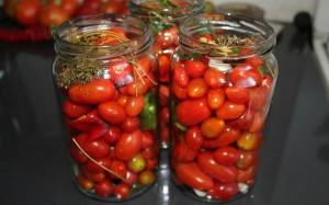 Засолка помидоров черри на зиму – легкий рецепт фото