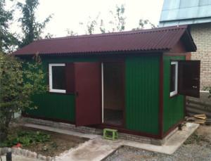 Фото контейнера-сарая на загородном участке, rozarii.ru