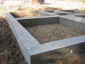 Фото демонтажа опалубки ленточного фундамента бани, fundamentu.ru