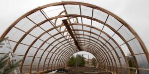 Фото строительства деревянной теплицы своими руками, zellandia.ru