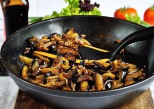Маринованные овощи, обжаренные в масле фото