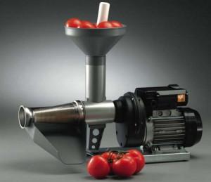 Что надо знать о домашнем приготовлении томатного сока? фото