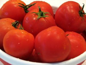Фото красных зрелых томатов, plodovie.ru