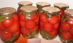 Фото консервирования кисло-сладких помидоров на зиму, gotovim-doma.ru