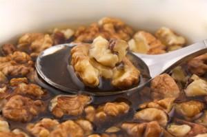 Фото грецких орехов с медом, domovouyasha.ru
