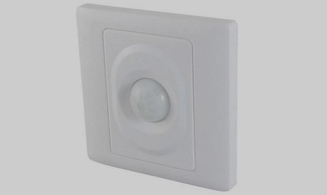 Датчик радиосигнала для дистанционного управления светильником