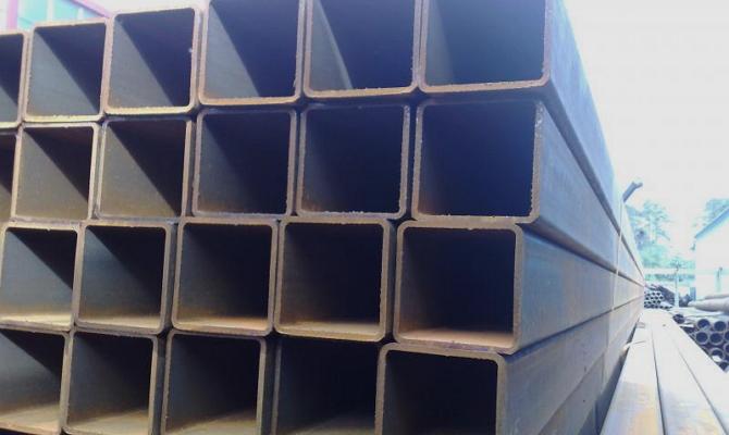 Профильные трубы сечением 80x80 мм