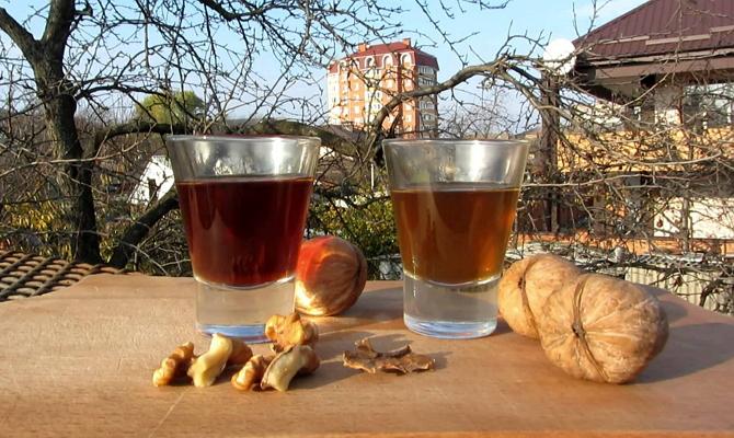 Отвары из дробленых оболочек грецкого ореха фото