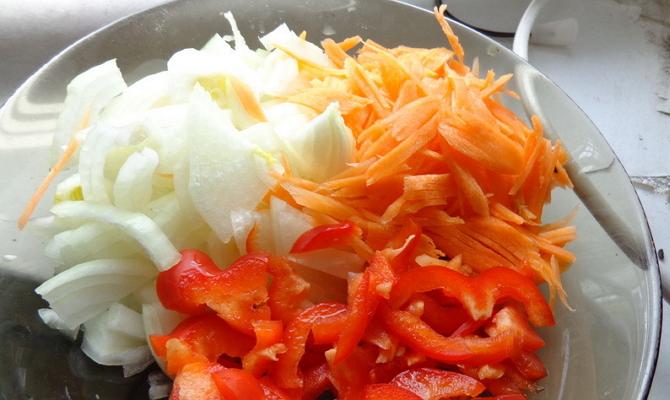 Заправки и соусы из репчатого лука