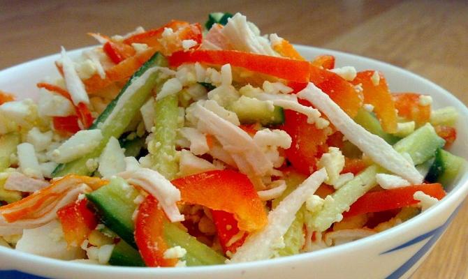 Добавление питательного овоща в салаты