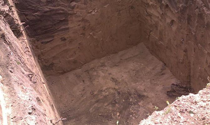 Рытье колодца для погреба