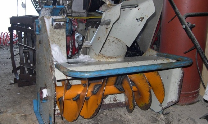 Снегоуборочная машина из мотоблока своими руками