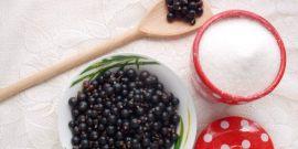 Смородина, протертая с сахаром, и варенье пятиминутка – как приготовить?