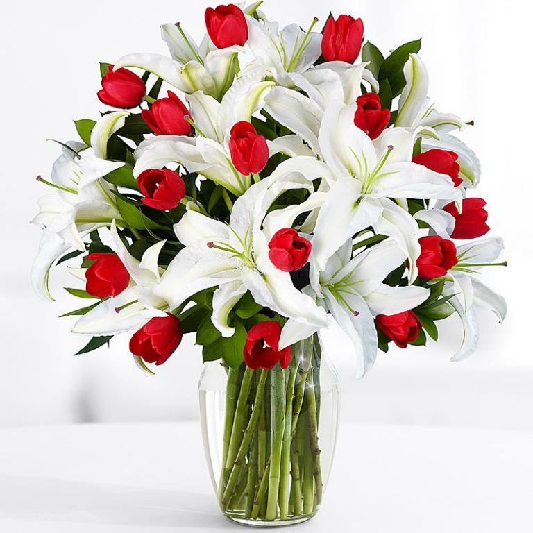 красивые букеты лилий с днем рождения можете либо вставить