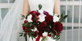 Красно-белый букет невесты: идеи оформления композиции